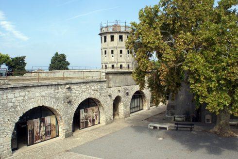 Pula, gamlebyen, den venetianske festningen, historisk bysenter, romertid, amfiteater, Istria, Kroatia