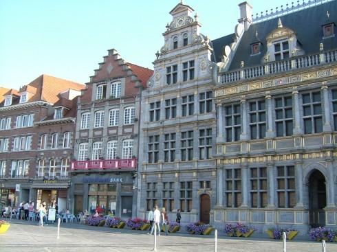 Tournai, historisk bysenter, Unescos liste over Verdensarven, gourmet, gamleby, gotikken, renessansen, barokken, Vallonia, Belgia