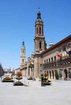 Plaza Pilar, rådhuset Ayuntamiento, Basilica Nuestra Senora del Pilar, Zaragoza, Rio Ebro, Plaza del Pilar, Plaza César Augusto, Unescos liste over Verdensarven, historisk bydel, gamleby, Aragon, Madrid og innlandet, Spania