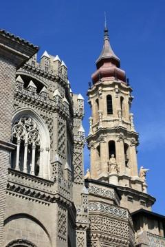 Cathedral La Seo, mudejar, Zaragoza, Rio Ebro, Plaza del Pilar, Plaza César Augusto, Unescos liste over Verdensarven, historisk bydel, gamleby, Aragon, Madrid og innlandet, Spania