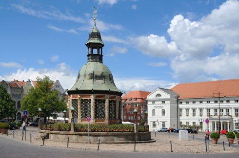 Wasserkunst, Rathaus, Wismar, Østersjøen, Ostsee, Unesco Verdensarv, Gamlebyen, Altstadt, Hansestadt Wismar, Mecklenburg Vorpommern, Nord-Tyskland
