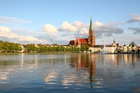 Schwerin, Mecklenburgstrasse, Altstadt, Pfaffenteich, Nord-Tyskland