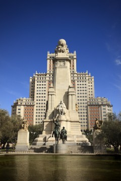 Spania, Don Quixote monumentet i Madrid