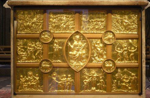 Aachen, Pala d'OroKaiserpfalz, Pfalzkapelle, Karl den Store, pilegrimsmål, karolingisk romansk arkitektur, tidlig middelalder, tidlig kristendom, skattkammeret, klosterhage, Unescos liste over Verdensarven, Vest-Tyskland