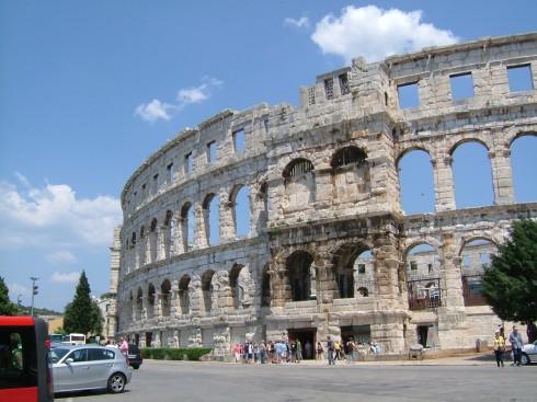 Pula, romertid, antikken, middelalder, Istria, Kroatia