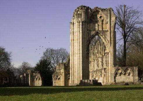 St Mary's Abbey Ruins, York, Yorkshire, middelalder, katedral, The York Minster, vikinger, vikingtid, romere, romertid, Konstantin den Store, angelsaksere, England, Storbritannia