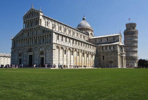 Pisa, pisansk romansk, arkitektur, middelalder, renessanse, Arno, Campo dei Miracoli, katedral, baptisteria, kampanile, Unescos liste over Verdensarven, historisk bydel, museer, gamleby, etruskerne, Toscana, Midt-Italia, Italia