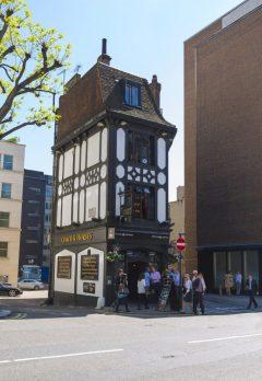 London , Coach & Horses, London, British Museum, romerne, middelader, historisk, Unescos liste over Verdensarven, Tower, England Storbritannia