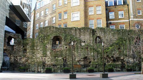 Roman wall romersk bymur, romertid, London, British Museum, romerne, middelalder, historisk, Unescos liste over Verdensarven, Tower, England Storbritannia