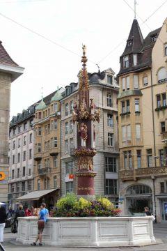 Basel, Fischmarkt,  Rhinen, romertid, middelalder, kulturseverdigheter, gamlebyen, marktplatz, Sveits
