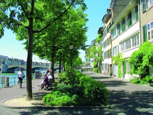 Basel, Rheinpromenade, Rhinen, romertid, middelalder, kulturseverdigheter, gamlebyen, marktplatz, Sveits