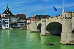 Basel, Mittlere Brücke,  Rhinen, romertid, middelalder, kulturseverdigheter, gamlebyen, marktplatz, Sveits