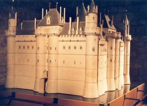 Paris, Château de Louvre , romertid, Ile de Cité, Notre Dame, middelalder, Tuilerie, obelisken, Ile de France, Unescos liste over Verdensarven, Seinen, Nord-Frankrike, Frankrike