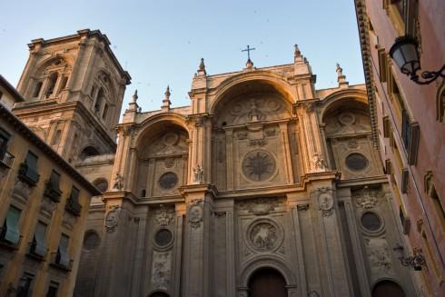 Granada, Alhambra, Cathedrale, Generalife, Barrio del Albaicín, Bib-Rambla, Plaza Nueva, Capilla Real, Santa Ana, San Nicholas, San Miguel de Bajo, Unescos liste over Verdensarven, Andalucia, Spania