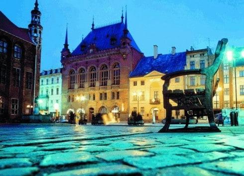 Torun, Artusbygningen, gamlebyen, markedsplassen, rådhuset, Unescos liste over Verdensarven, Visla, Den tyske orden, Teutonerborgen, historisk, middelalder, Nord-Polen, Polen