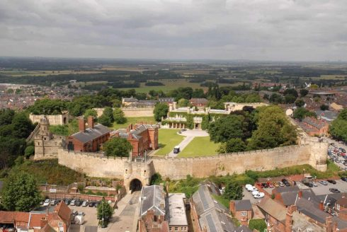 Lincoln, Castle Hill, High Bridge, Lincoln Cathedral, Minster, England, Brayford Pool, romertid, middelalder, Castle Hill, Magna Carta, Steep Hill, Bailgate, early british gothic