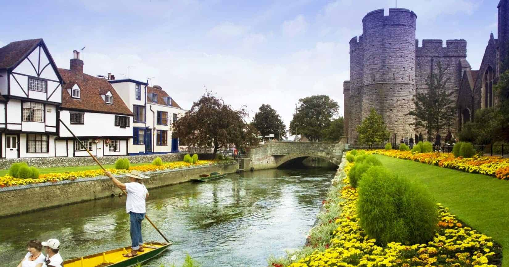 Canterbury, ReisDit.no, Toppfoto: Michael Pead / Wikipedia CC-BY-SA-2.0-uk