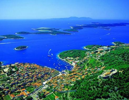 Hvar, Stari Grad, Unescos liste over Verdensarven, middelalder, arkitektur, gotikk, renessanse, oldtidskirker, Makarska-kysten, Kroatia