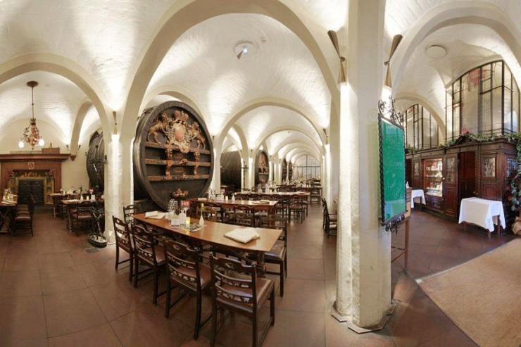 Bremer Ratskeller har flotte interiører fra 1400-tallet. Foto: © Bremer Ratskeller