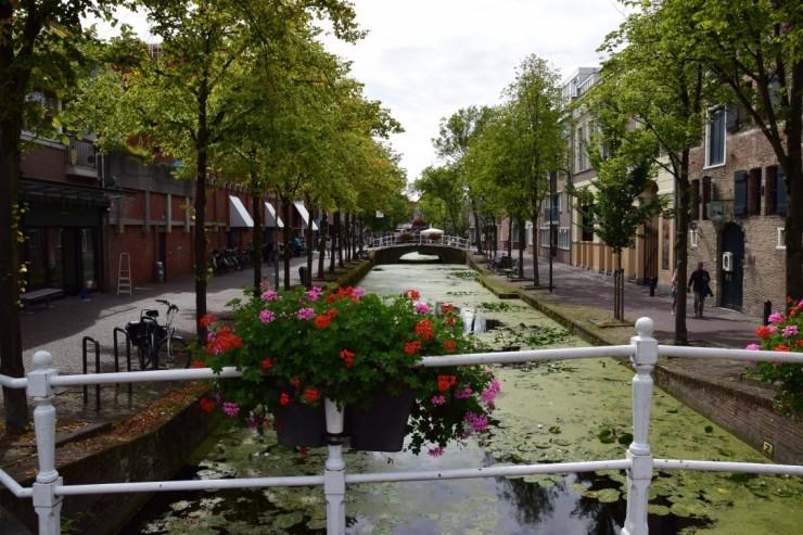 Delft er gjennomboret av en mengde kanaler. Foto: © ReisDit.no