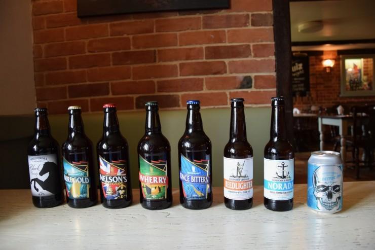 Woodfordes Brewery har alt fra tradisjonelt mørk Ale til lettere øltyper. Til høyere det nylanserte Electric IPA. Foto: © ReisDit.no