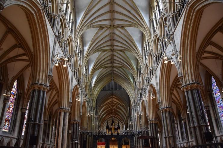 Katedralens flotte ribbehvelv - hvordan fikk de det til for 800 år siden? Foto: © ReisDit.no