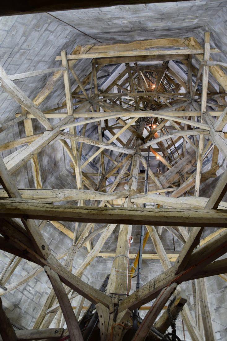 Spiret innvendig, sett fra øverste avsats. Foto: © ReisDit.no