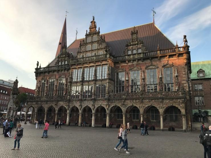 Bremens vakre rådhus i renessansestil. Foto: © ReisDit.no
