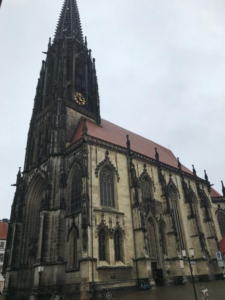 St. Lambertikirche hvor tårnvoktersken holder til. Foto: © ReisDit.no