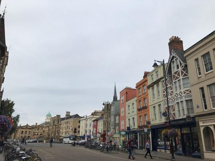 Fra Broad Street, hvor både Trinity College og Balliol College ligger. Foto: © ReisDit.no