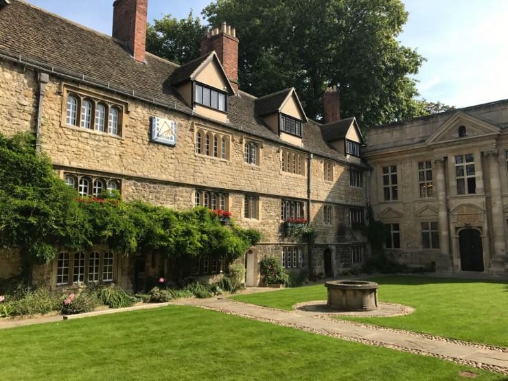 Fra St. Edward's Halls Quad. Foto: © ReisDit.no