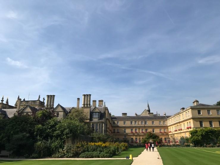 Trinity College er stort og vakkert. Foto: © ReisDit.no