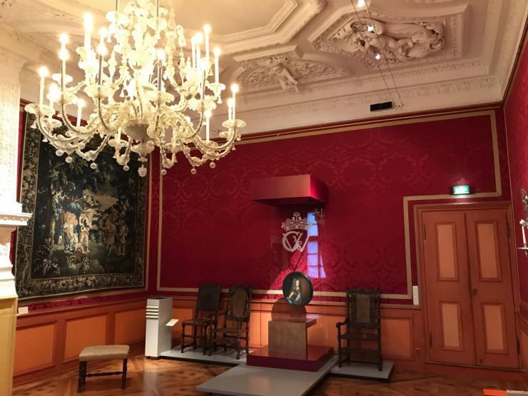 Fra Schloss Celles praktfulle historiske interiører. Foto: © ReisDit.no