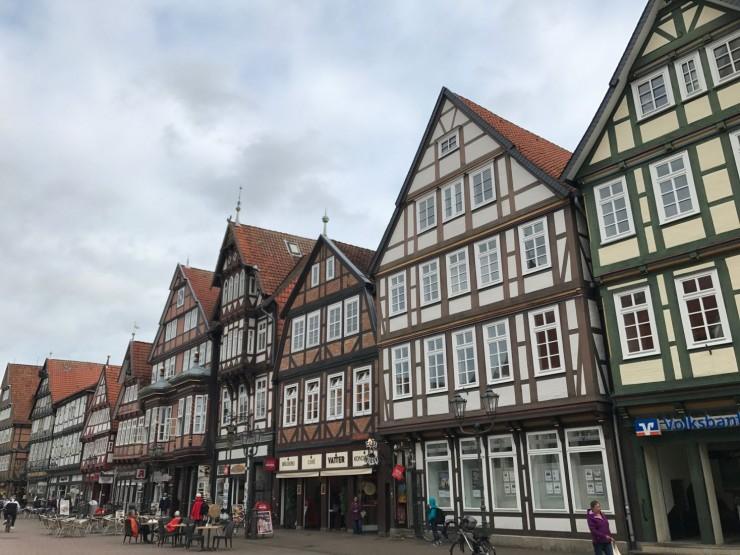 Er det rart at man blir begeistret over å være i Celle? Foto: © ReisDit.no