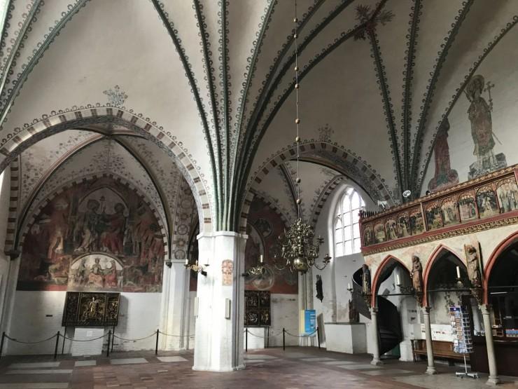 Fra den to-skipede hallkirken som ligger foran Heiligen-Geist-Spital. Foto: © ReisDit.no