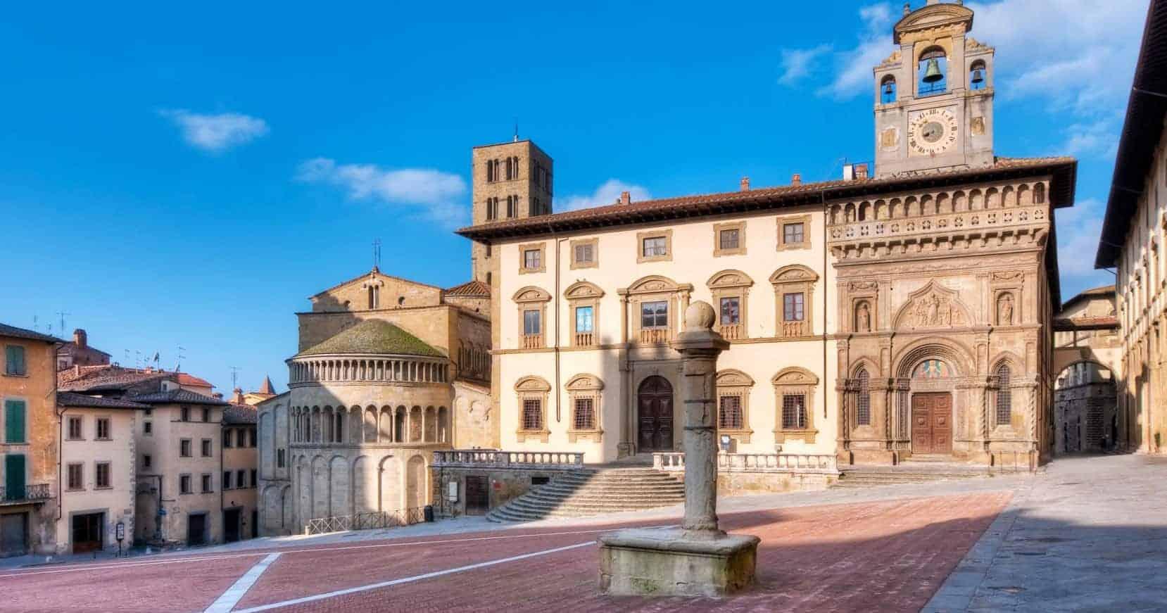 Arezzo reisdit.no