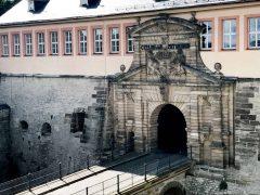 Erfurt, Thüringen, Tyskland, middelalder, Krämerbrücke, Domplatz, Dom St. Marien, St. Severikircher, Fischmarkt, Kleinmarkt, Alte Synagoge, Martin Luther, Augustinerkloster, Anger, Angermuseum, Zitadelle Petersberg, Marktstrasse